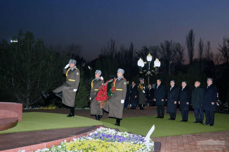 Президенты стран ЦА почтили память Ислама Каримова
