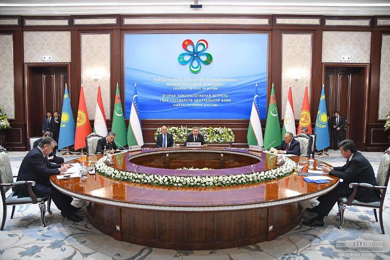 Орталық Азия елдерінің президенттері Өзбекстан басшысының қабылдау шарасына қатысты