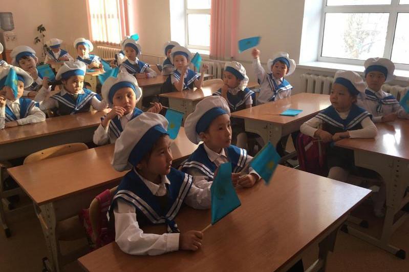Как прошли открытые уроки ко Дню Первого Президента в школах и колледжах страны