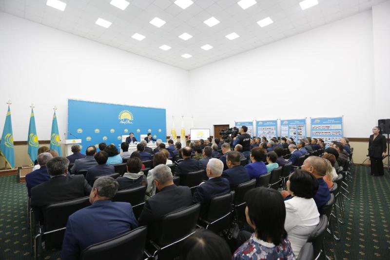 Партия Nur Otan расширила сферу работы с населением в Атырау