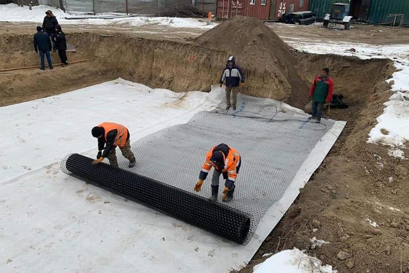В Шамалгане началось строительство пешеходного моста