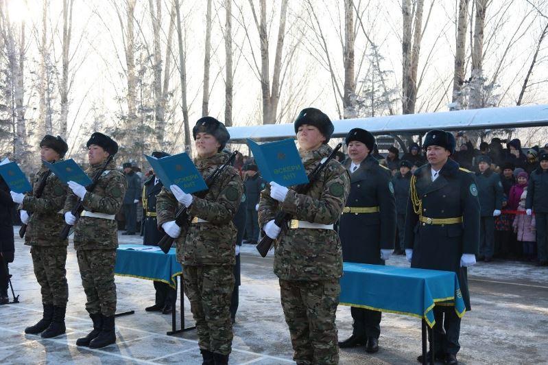 Служба государственной охраны РК впервые провела ритуал принятия Военной присяги в Нур-Султане