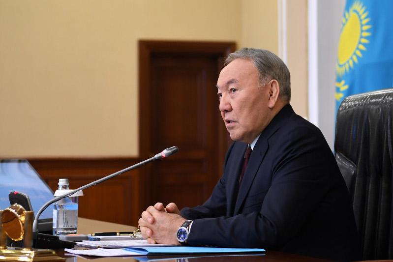 首任总统纳扎尔巴耶夫在国际社会上的10大倡议