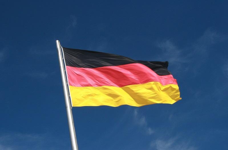 德国社民党选出新主席 或退出执政联盟