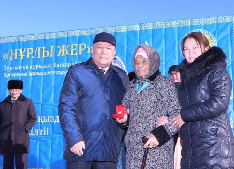 Алматы облысында ауылдағы 18 отбасы үйлі болды