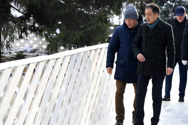 Сағынтаев Алматыдағы мұз сырғанақтардың дайындалуын тексерді