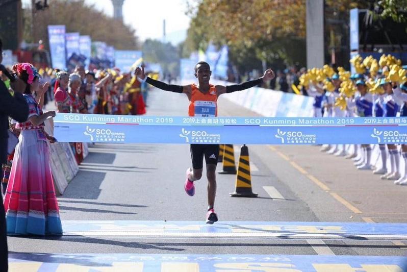 Қазақстанның жеңіл атлеттері Қытайда ШЫҰ халықаралық марафонына қатысты