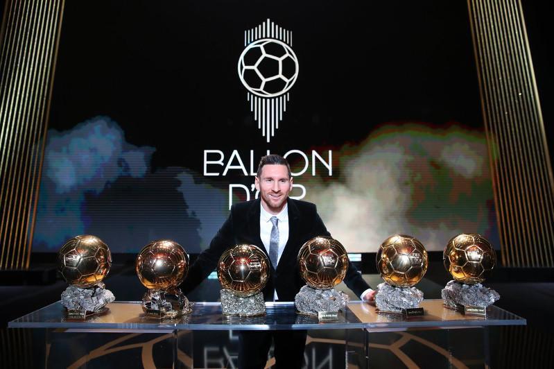 Лионель Месси стал обладателем «Золотого мяча» в шестой раз