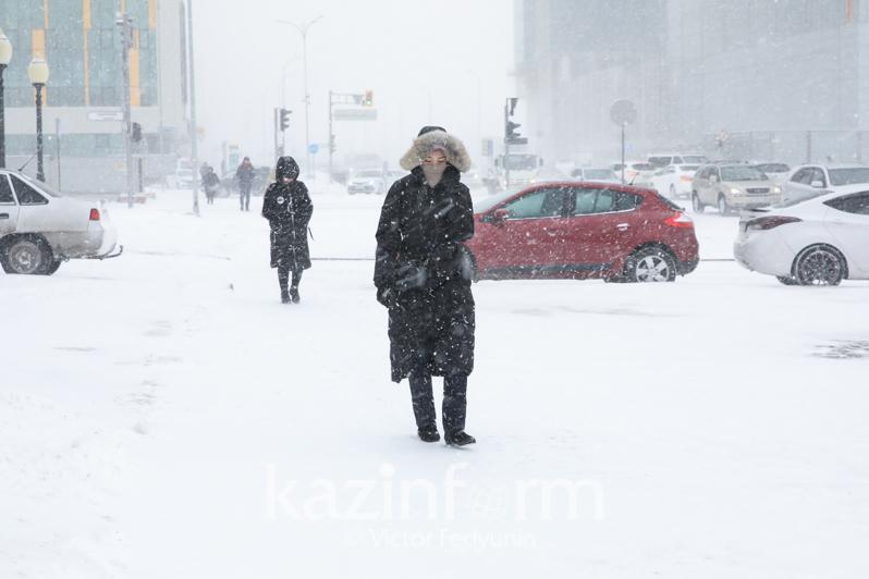 В столице и ещё трёх областях объявили штормовое предупреждение