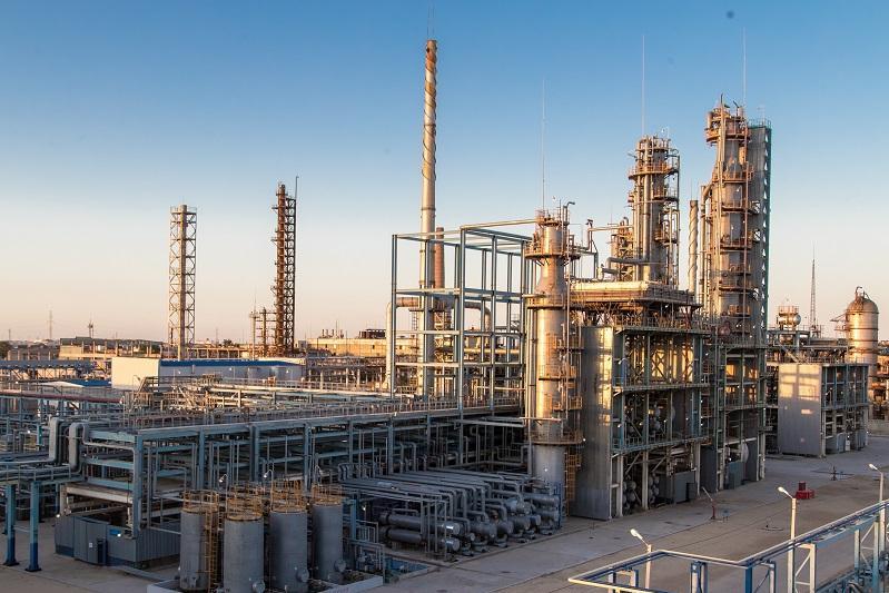Казахстан экспортировал 10 тысяч тонн битума в Узбекистан
