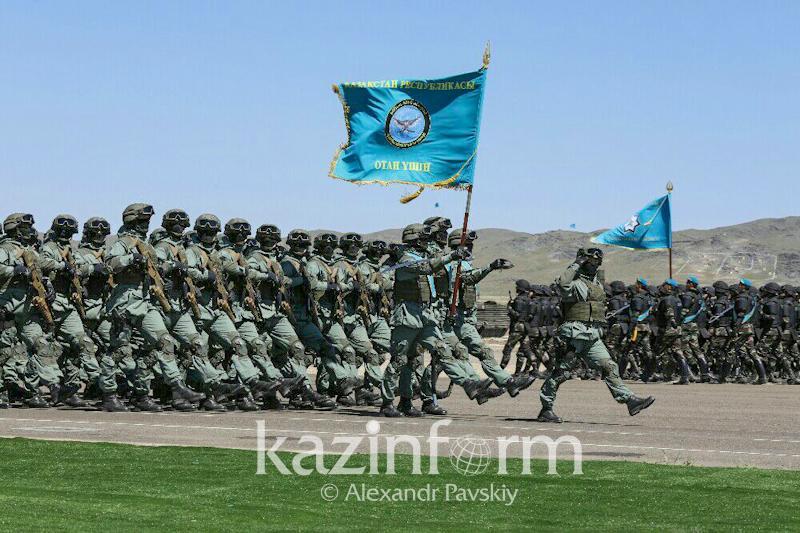 قازاقستان اسكەرىندە جاڭا وقۋ جىلى باستالدى