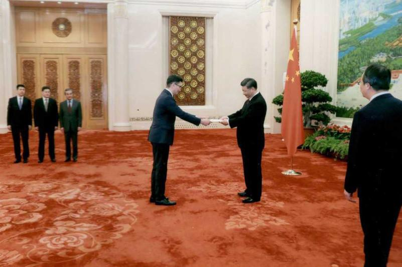 Посол Казахстана вручил верительные грамоты Председателю КНР