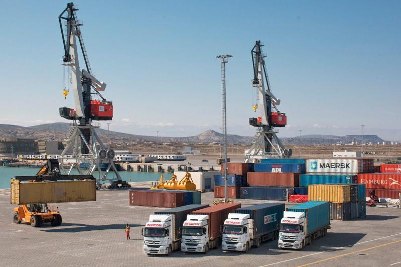 Azerbaijani, Kazakh ports to help expand potential of Caspian region