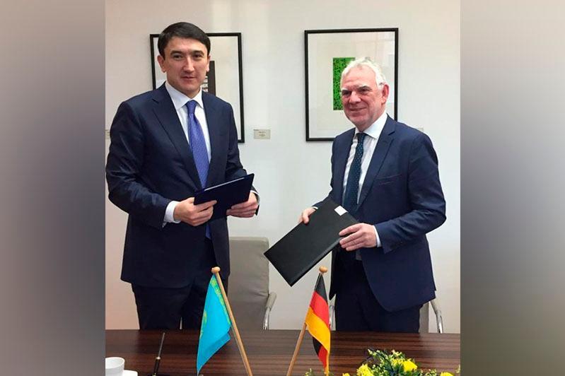 Казахстан и Германия договорились сотрудничать по разработке низкоуглеродной экономической стратегии