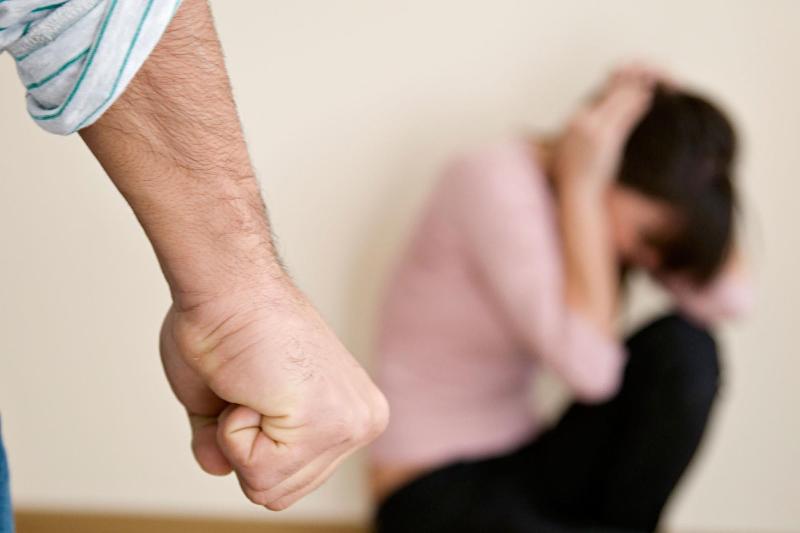 15% казахстанских женщин считают, что муж вправе бить жену