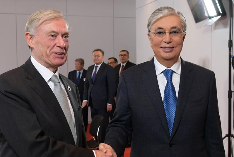 托卡耶夫总统会见德国前总统克勒