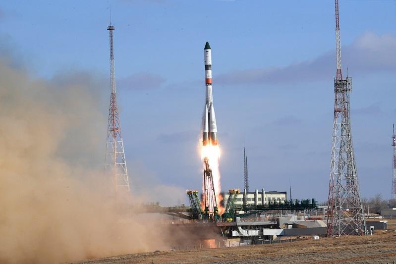 С Байконура запущен грузовой корабль «Прогресс МС-13»