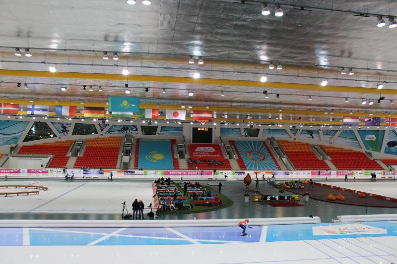 Конькобежцы-спринтеры Казахстана вошли в 4-ку лучших на этапе Кубка мира