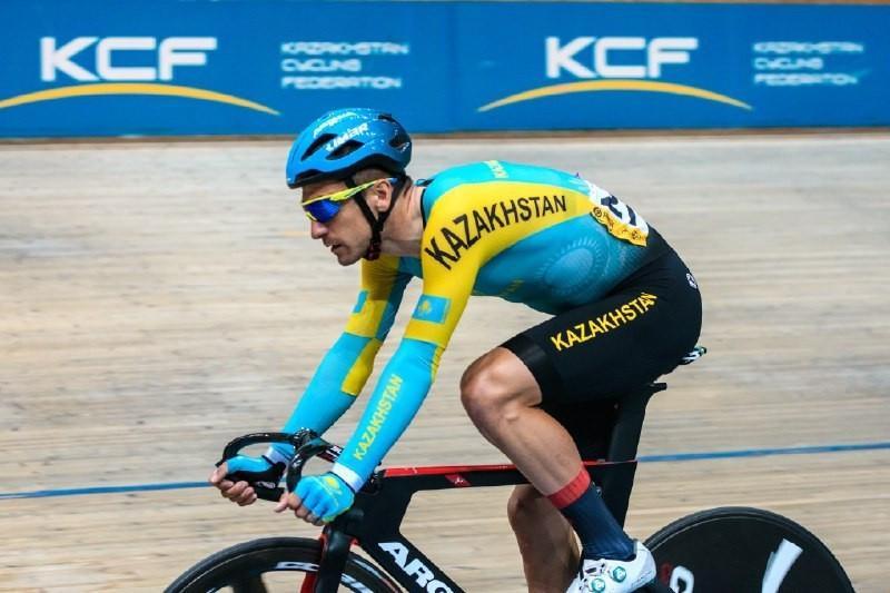 Артем Захаров стал третьим на этапе Кубка мира по велоспорту на треке