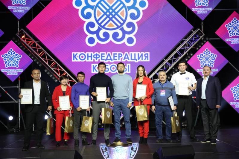 Kazakh Boxing Federation awards best athletes