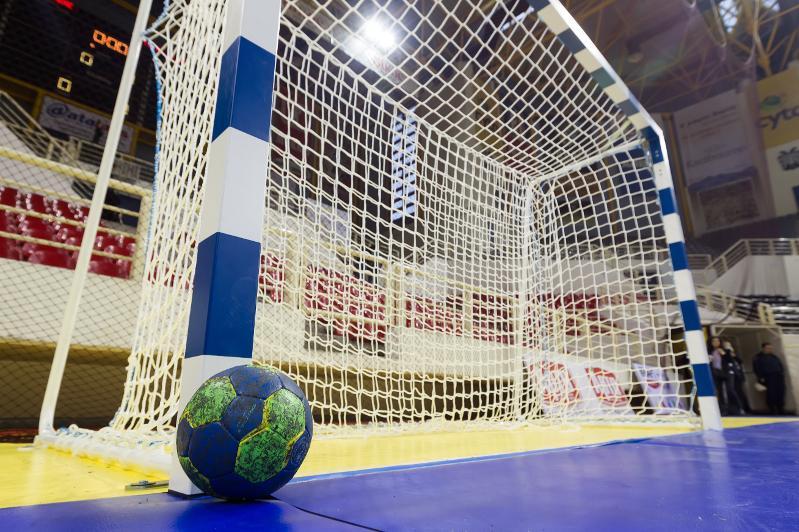 女子手球世锦赛:哈萨克斯坦战胜中国队