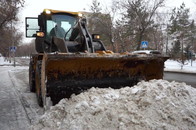 Снегоуборочные службы Павлодарской области работают в круглосуточном режиме