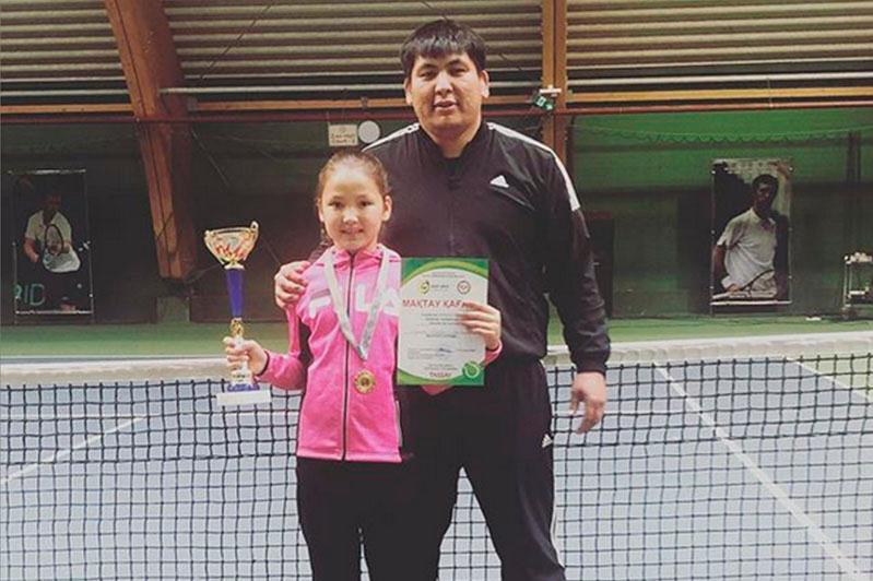 Елордалық кішкентай теннисші Испанияда өткен турнирде топ жарды