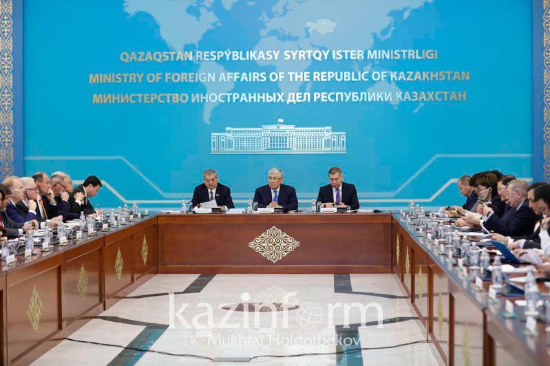 По каким вопросам казахстанцы чаще всего обращаются  в Комиссию по правам человека