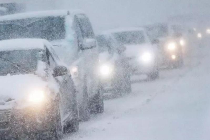 На трассе Осакаровка-Темиртау ограничено движение из-за густого тумана