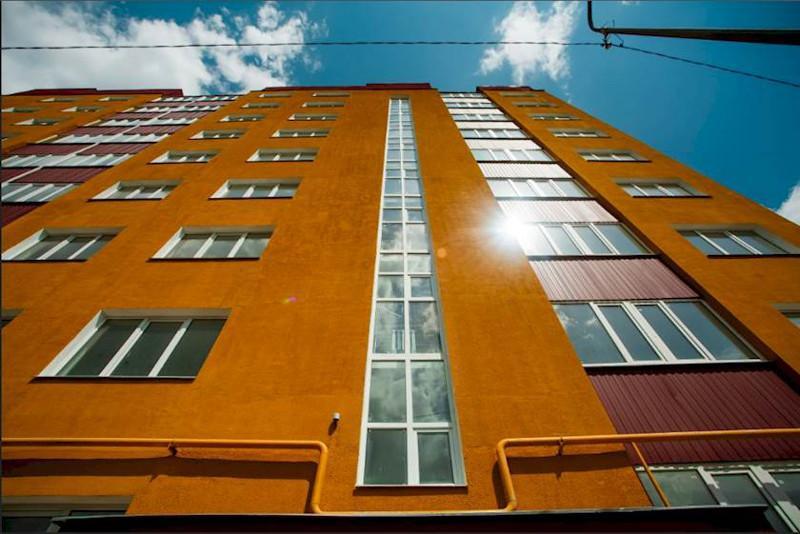 Критических отклонений нет - акимат о накренившимся доме в Алматы