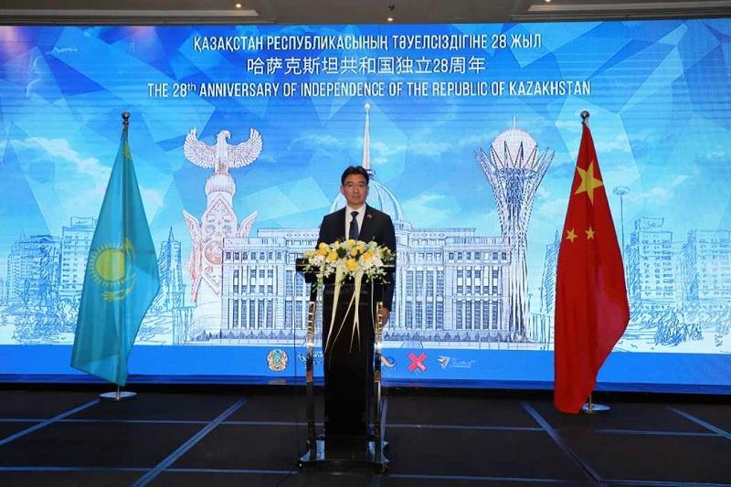 哈萨克斯坦驻华使馆在北京举行独立日招待会