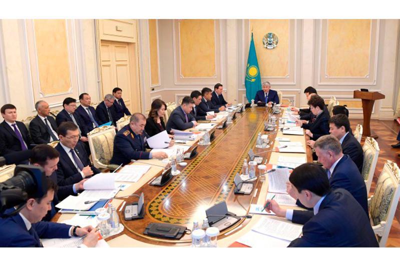 Крымбек Кушербаев провел заседание Комиссии по вопросам противодействия коррупции