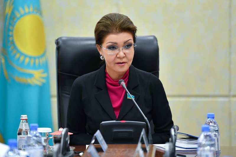 В Сенате прошла встреча Дариги Назарбаевой с представителями зерновых объединений