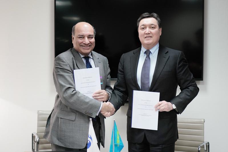 PM, EBRD President sign document on modernization of Kazakhstan's healthcare infrastructure