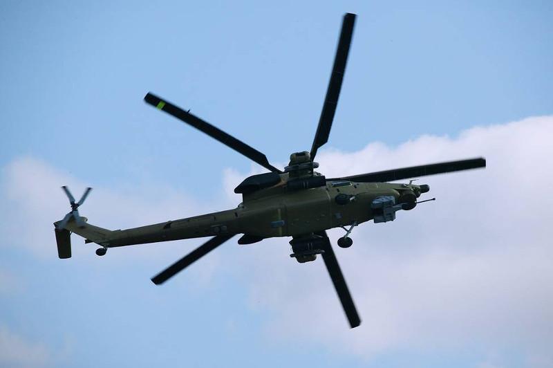 俄罗斯一架米-28N直升机坠毁