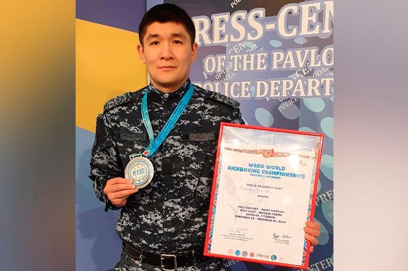 Павлодарский полицейский стал вторым на ЧМ по кикбоксингу