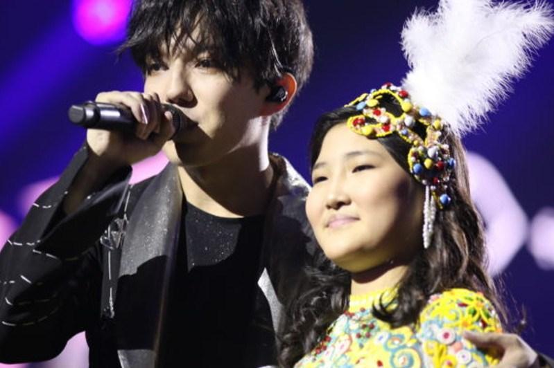 Girl from Nur-Sultan performs at Dimash Kudaibergen's concert in New York