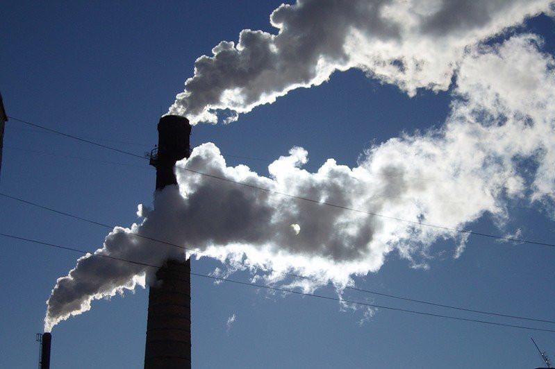 Надо решать проблему с ТЭЦ - Бакытжан Сагинтаев об экологии Алматы