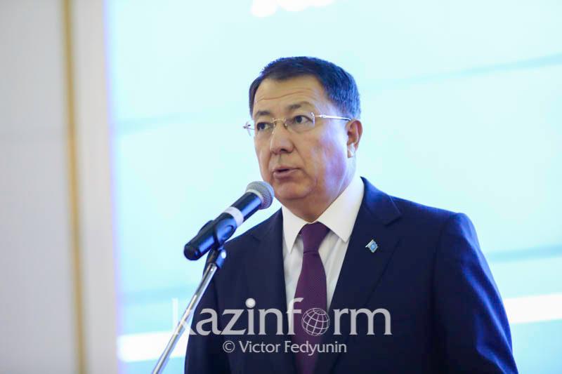 АНК выпустит пособия на тему межэтнических отношений в 2020 году