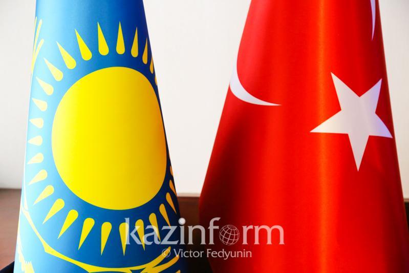 哈萨克斯坦驻土耳其使馆举行独立日招待会