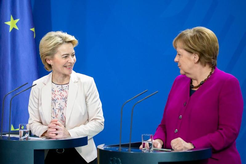 Forbes Ангела Меркельді жылдың ең ықпалды әйелі деп атады