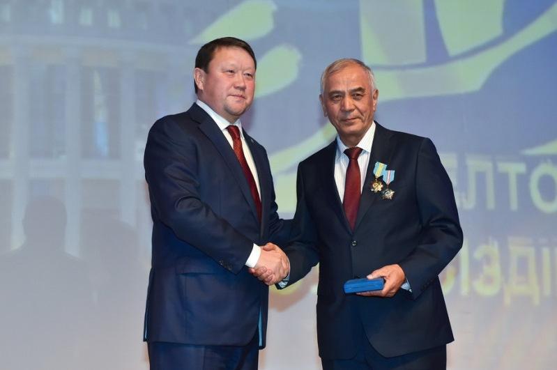 Североказахстанцам вручили награды ко Дню Независимости