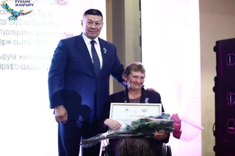Лауреатов премии «Жомарт Жүрек» наградили в столице