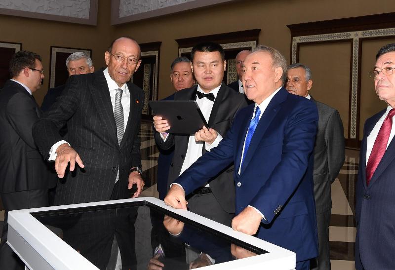 Елбасы посетил торжественное мероприятие по случаю 25-летия компании ERG