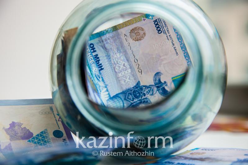 В Казахстане выросли депозитные вклады в национальной валюте