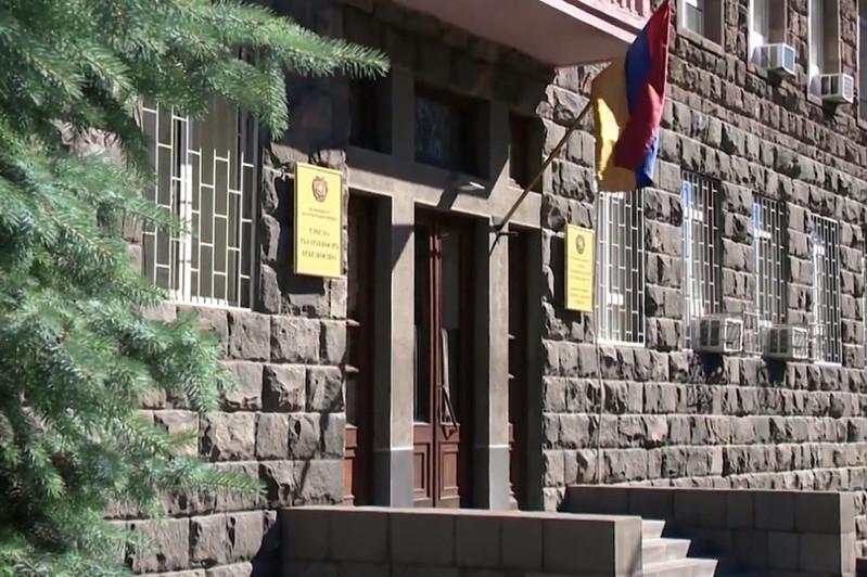 В Армении выявили случаи выдачи фальшивых документов казахстанским и российским покупателям авто