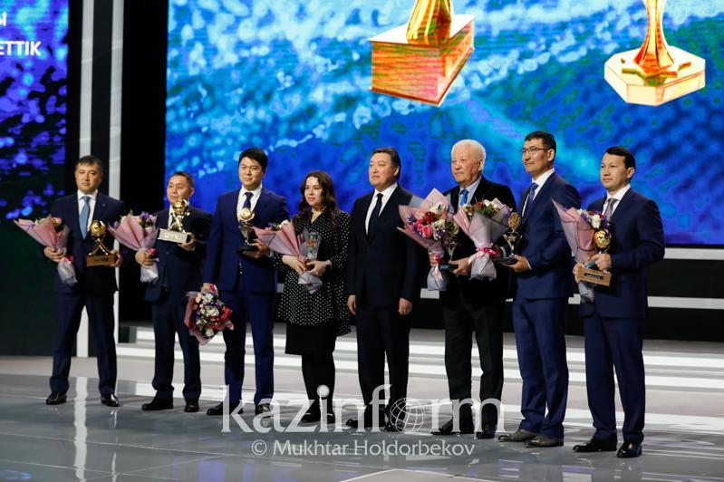 Үкімет басшысы «Алтын сапа» сыйлығы лауреаттарын марапаттады