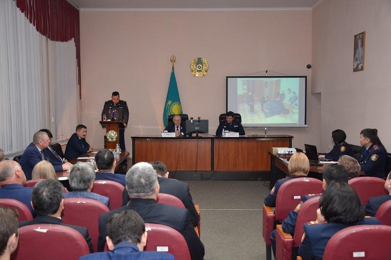 СҚО Полиция департаментінің басшысы депутаттар алдында есеп берді