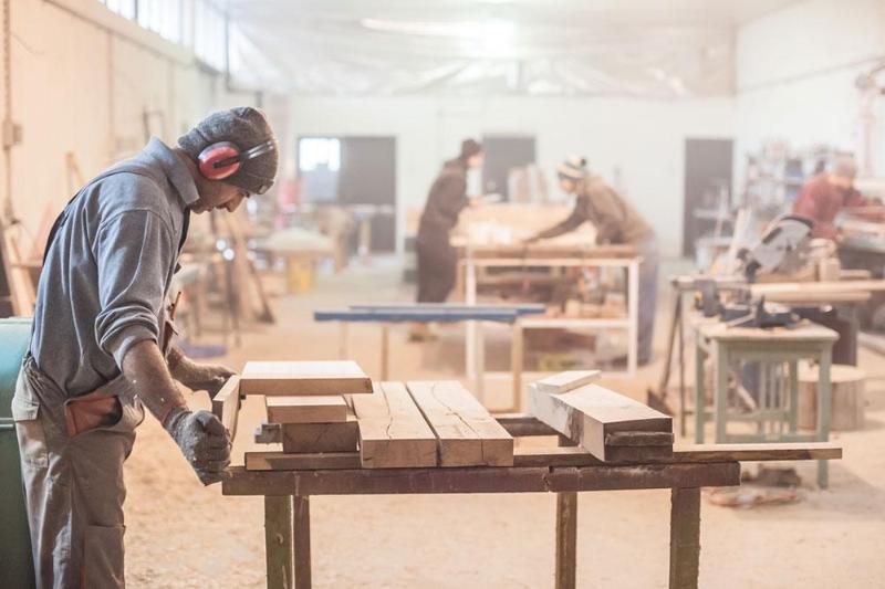 哈萨克斯坦木质门窗产量2019年同比增长近80%