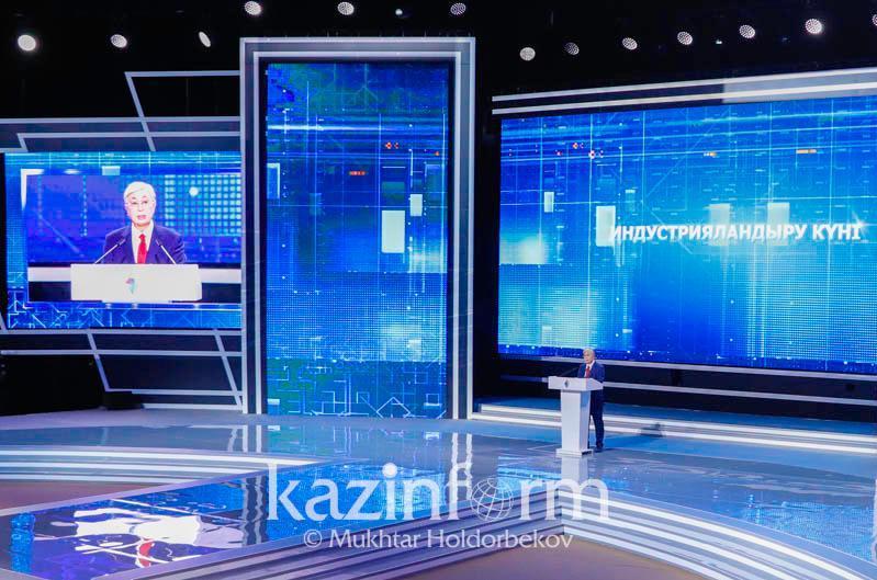 托卡耶夫总统向全体国民致以独立日祝贺
